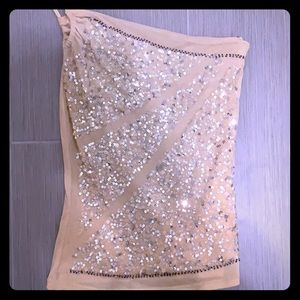 Beautiful gold one shoulder sequins top